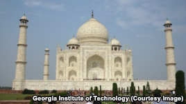 Pollution Turning India's Taj Mahal Yellow