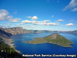 Views of Crater Lake and Wizard Island